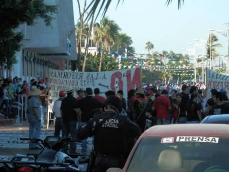 Maestros de Baja California Sur en lucha #18SMx