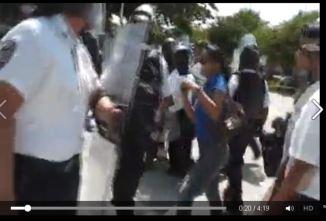 Represión en Cancún a profesores